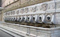 The 13 pipes, Ancona Calamo Fountain