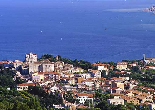 Sirolo, a gem of Conero Riviera and of Adriatic Sea