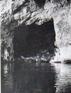 Antica foto della Grotta degli Schiavi